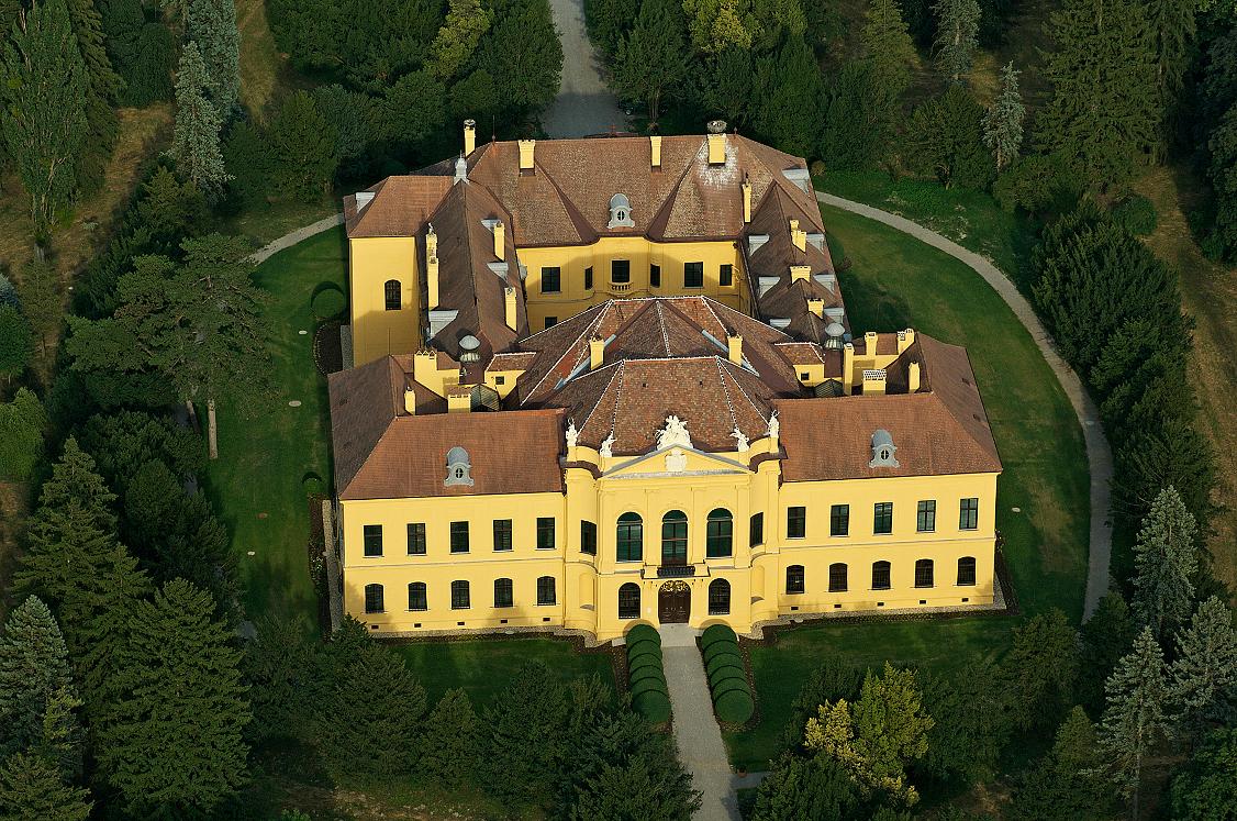 BREATHE Jagdschloss Eckartsau (c) OEBF_Archiv